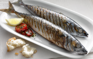 grilled-mackerel-with-tomato-salad